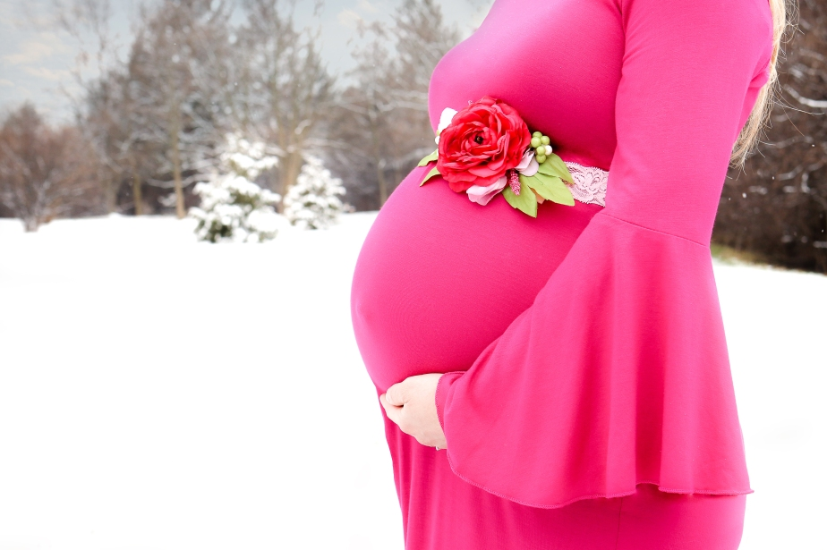 BecciHethcoatPhotography-Maternity Photographer-Wheaton-2.1
