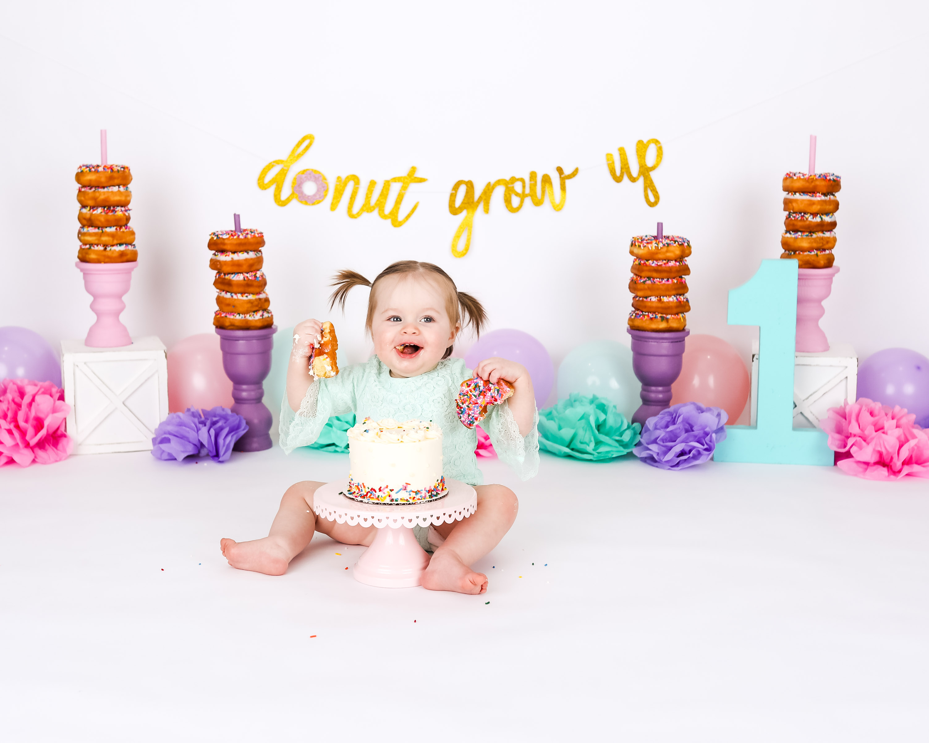 Becci Hethcoat Photography-Cake Smash Photographer-Wheaton-19