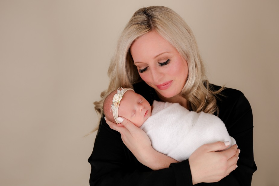 Becci Hethcoat Photography-Newborn Photographer-Wheaton-12
