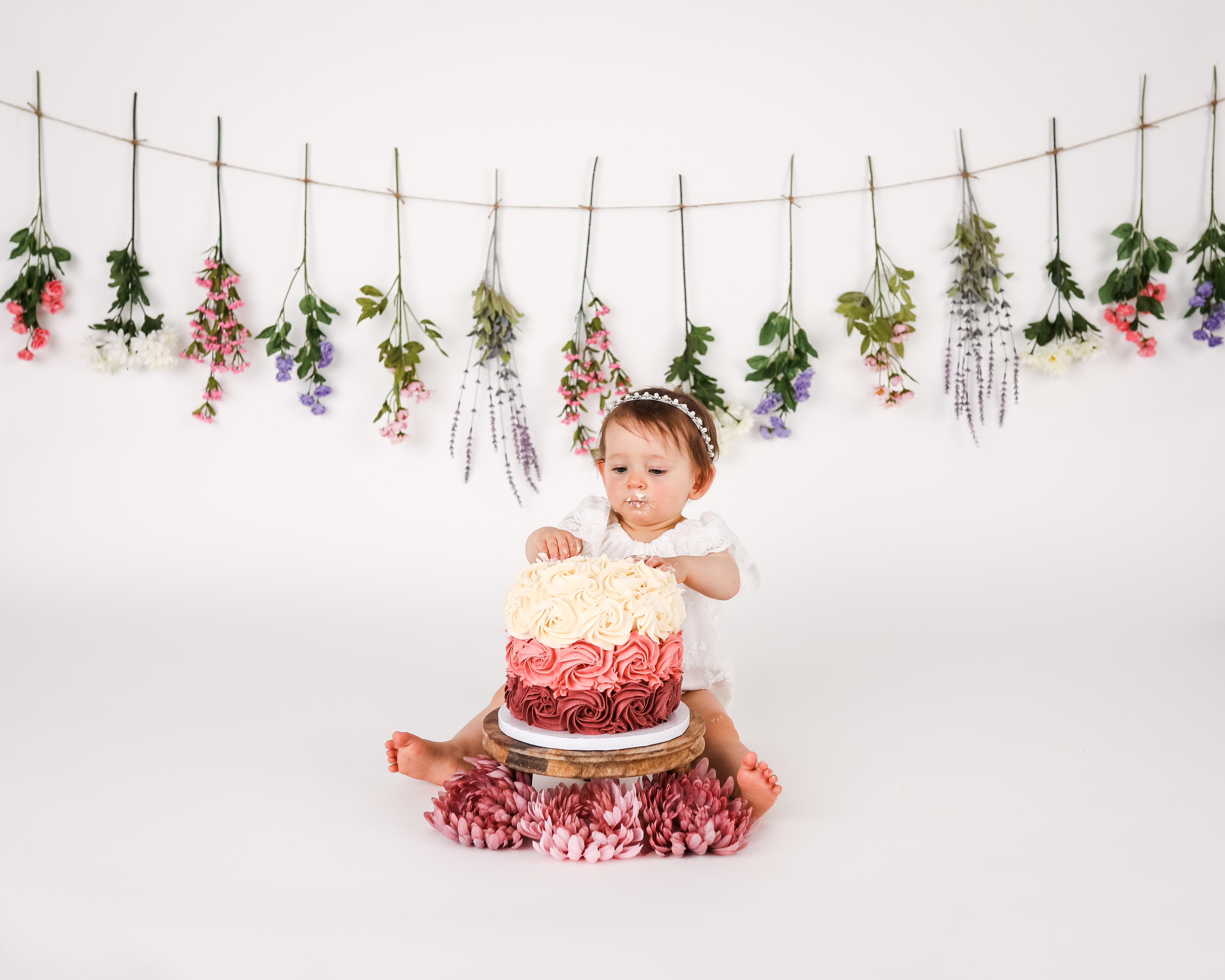 Becci Hethcoat Photography- Cake Smash Photographer-Wheaton--19