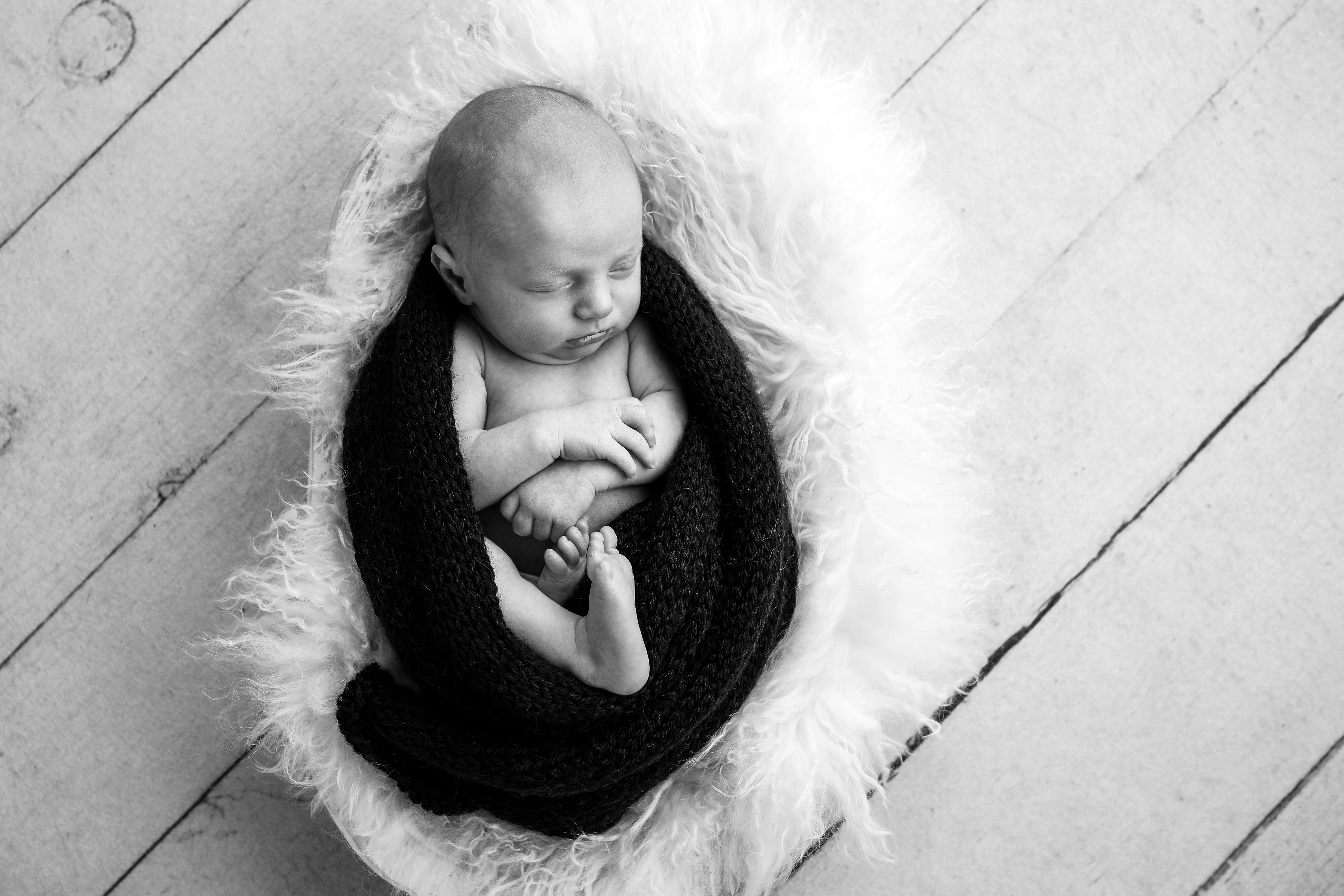 Becci Hethcoat Photography- Newborn Photographer-Wheaton--22